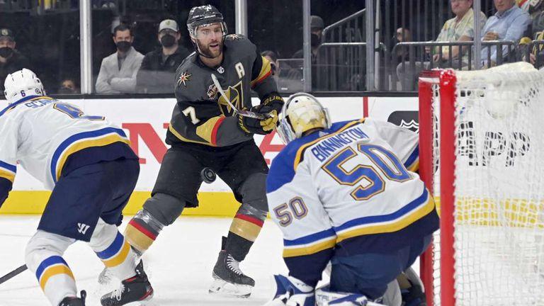 Сейнт Луис продължава без грешка в НХЛ