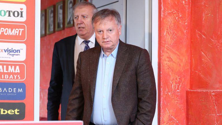 Петър Жеков: Инджов ще се справи с тежката задача