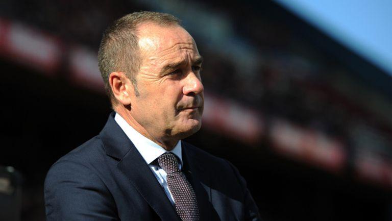 Депортиво остана без треньор