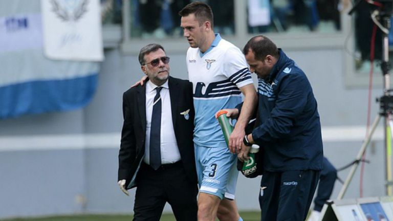 Двама титуляри на Лацио с травми