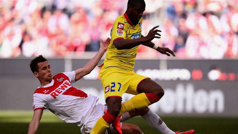 Футболист на Кьолн направил дузпа със счупен крак