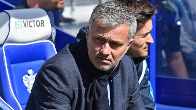 Моуриньо: Ман Юнайтед е в битката за титлата и няма проблеми с контузии (видео)