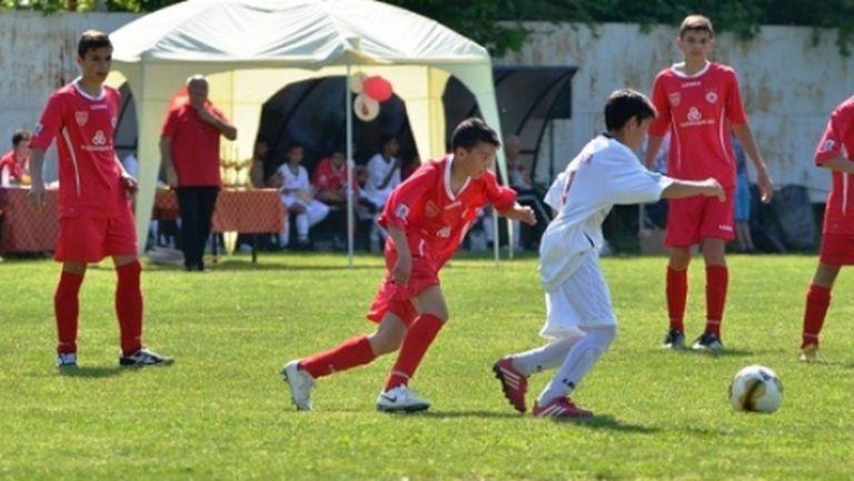Джевизов и Каубоя гостуваха на детски турнир в Козлодуй