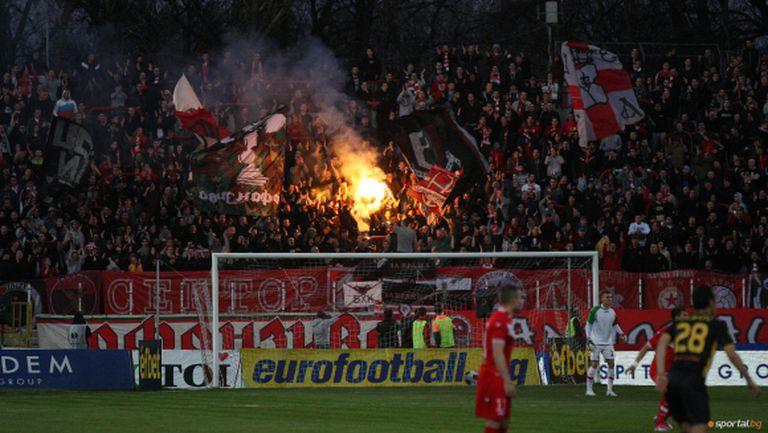 """УЕФА погна ЦСКА - """"червените"""" ще плащат 200 000 евро за нарушаване на финансовия феърплей"""
