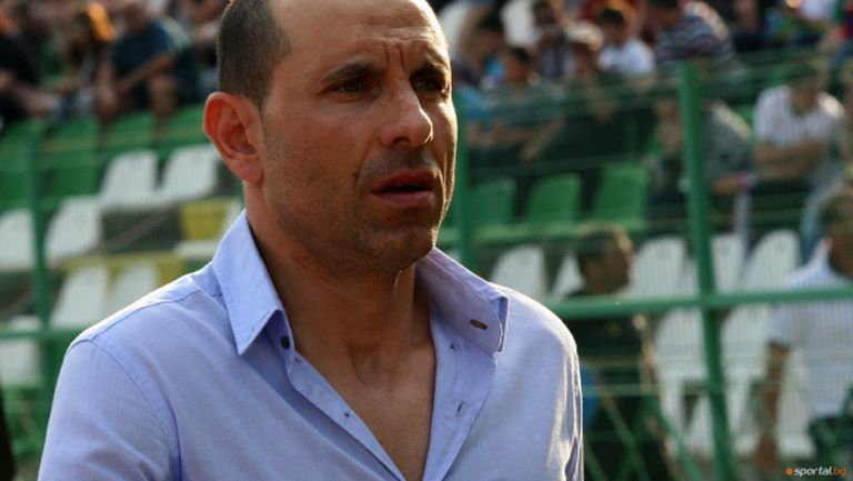 Мартин Петров тренира с националите преди Испания
