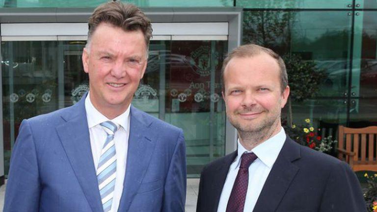 Ман Юнайтед отчете спад в приходите и ръст на рекламните договори