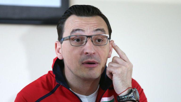 Драган Нешич: Нека съм черната овца, а момичетата да мислят за волейбол (ВИДЕО)