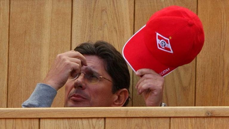 Босът на Спартак (М) се оттегля от клуба