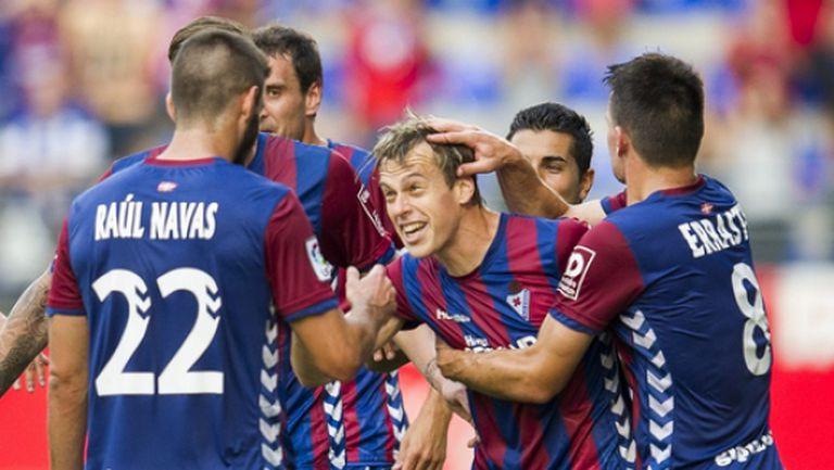 Тъжна победа за Ейбар - баските се завръщат в Сегунда