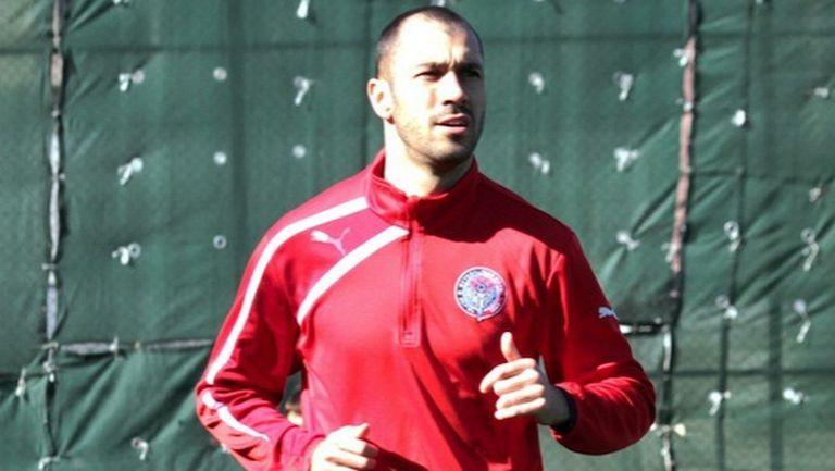 Амкар запази мястото си в Премиер лигата