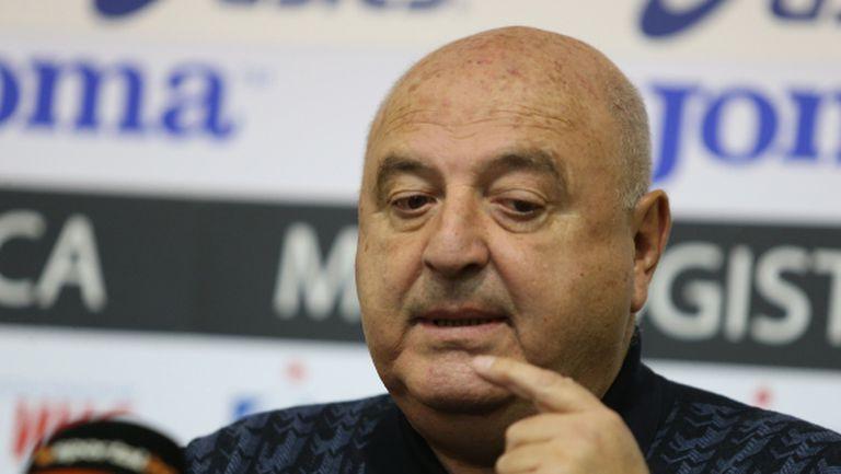 Венци Стефанов за ЦСКА: Гриша Ганчев е нормален човек, едва ли ще замени кон за кокошка