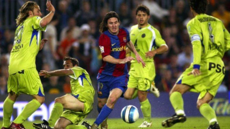 """Читателите на """"Marca"""" избраха най-добрия гол на Меси за Барса"""