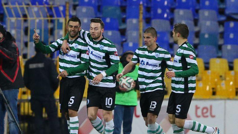 Битката преди финала започна - Черно море извади три мача, в които Сватбата помагал на Левски