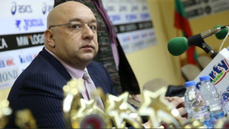 Красен Кралев ще гледа на живо финала за купата в Бургас