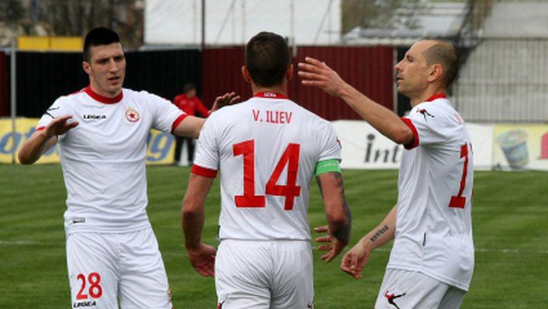 Притесненията на ЦСКА се потвърдиха - Вальо Илиев може да пропусне дори мача с Левски