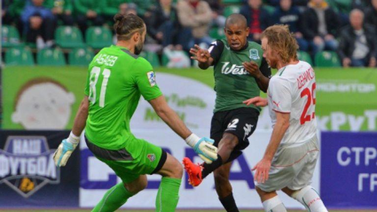 Два гола в добавеното време оставиха Локо (Москва) в голямата игра (видео)