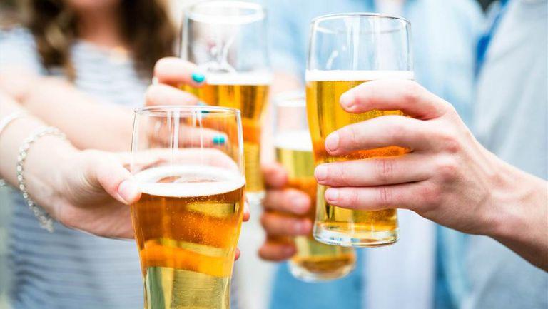 Разрешават продажбата на алкохол на спортните обекти в Токио