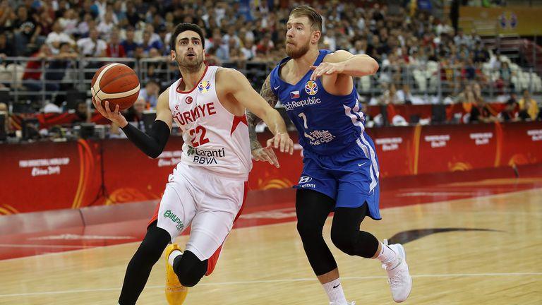 Турция се подсилва с двама от НБА за олимпийските квалификации