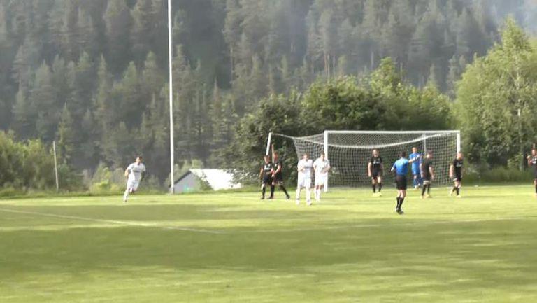 Димитър Митев вкара за Септември (Симитли) и направи резултата 2:1