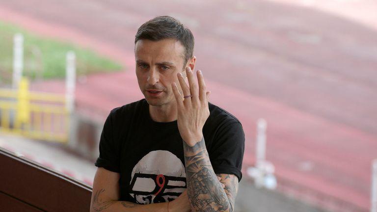 Бербатов: Как спечелиха, без да са направили обиколка и без да са показали програма?