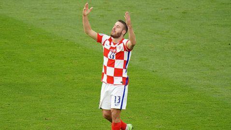 Влашич попари шотландските мераци в началото на мача