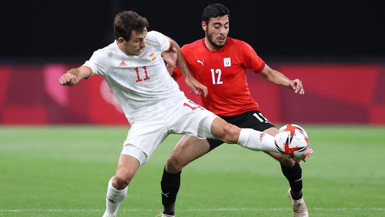 Силният състав на Испания разочарова в първия си мач в Токио 2020