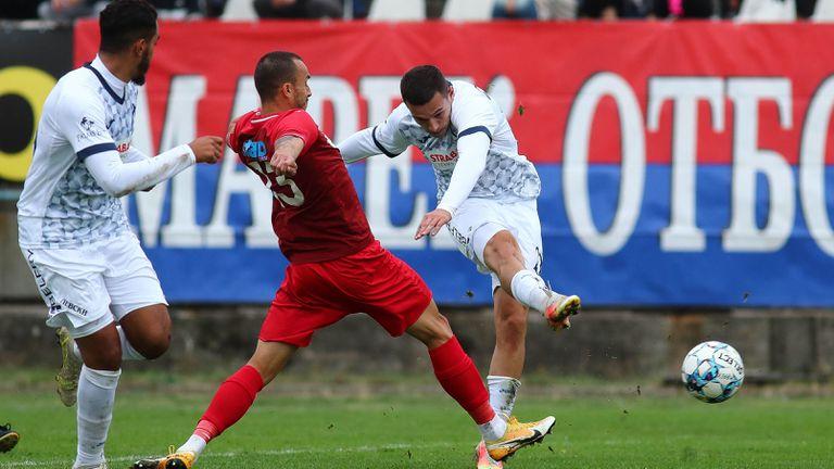 Костадинов  с втори гол във вратата на Марек