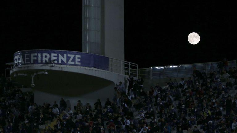 Сблъсък между фенове на Фиорентина и Интер след мача (видео)