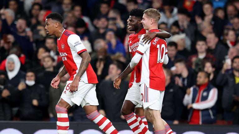 Вихрено първо полувреме върна Арсенал към победите