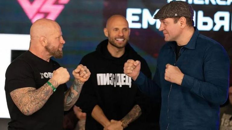 Емеляненко срещу Джеф Монсън с голи ръце през декември