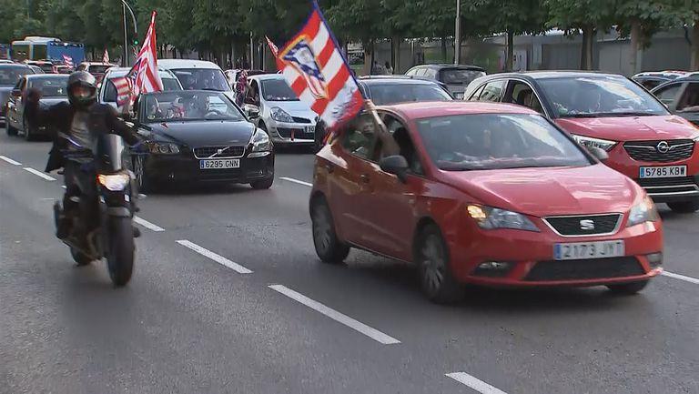 """""""Бяло-червен"""" Мадрид празнува"""