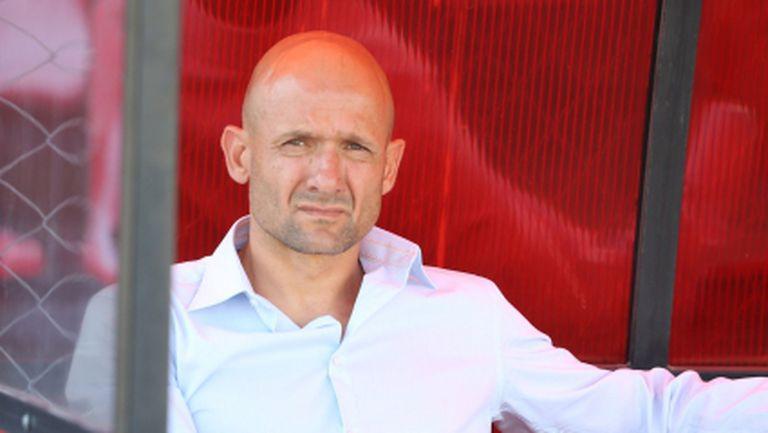 Радуканов със здрава критика към футболистите - срам го е от поведението им