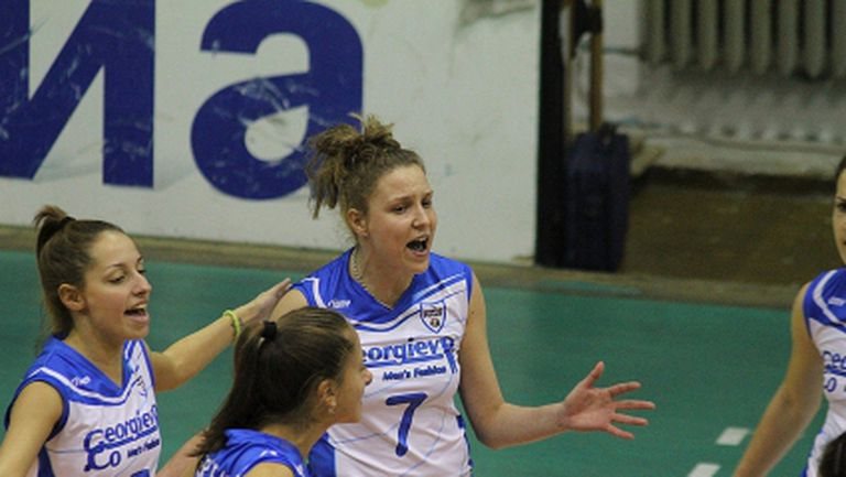 Спартак 1996 (Плевен) остана без женски тим