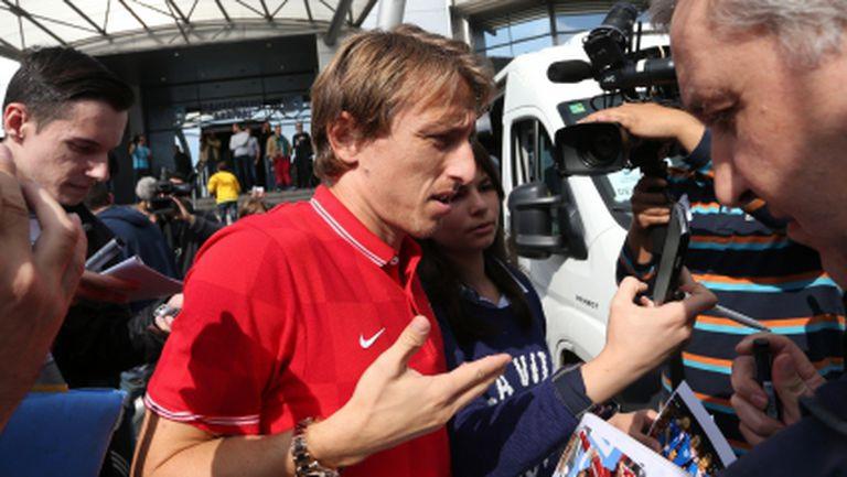 Хърватите пристигнаха в София (ВИДЕО+ГАЛЕРИЯ)