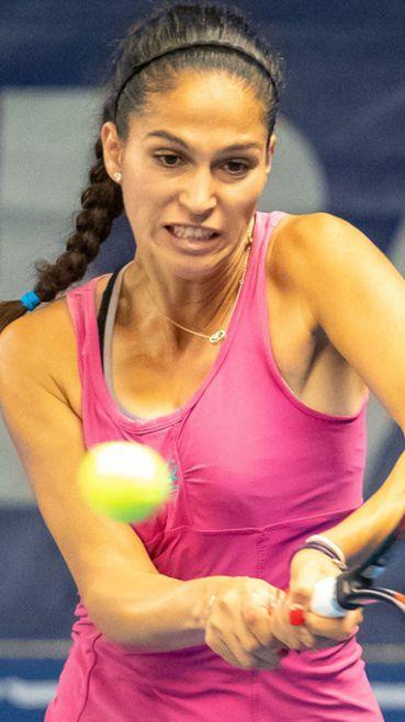 """С впечатляващ обрат Изабелла Шиникова се класира напред в квалификациите на """"Уимбълдън"""""""