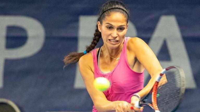 Шиникова стигна до четвъртфиналите на двойки в Сърбия