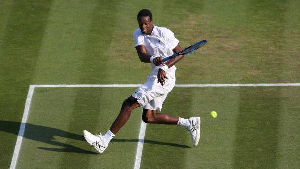 Макс Пърсел елимнира Монфис във втория кръг на турнира по тенис на трева в Ийстбъорн