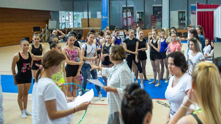 60 гимнастички се явиха на селекцията за новия ансамбъл
