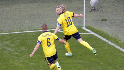 Швеция грабна първото място в групата след драма с Полша и гол за историята