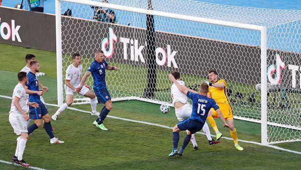 Втори автогол за словаците, Куцка увеличи пасива на отбора си на 5 гола