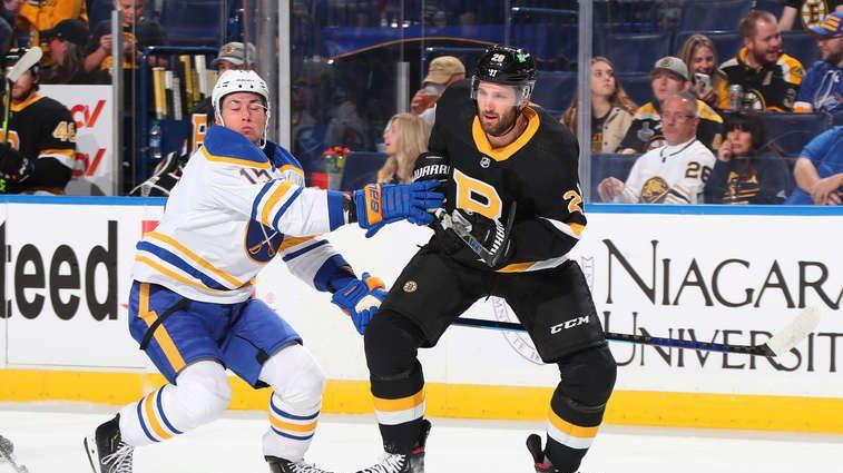 Бостън спря победния старт на Бъфало в НХЛ