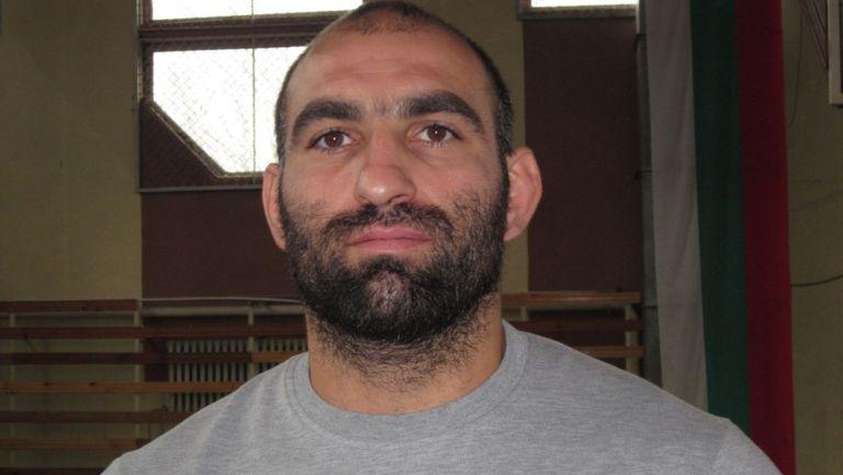 Юлиян Георгиев стана световен шампион по борба за ветерани
