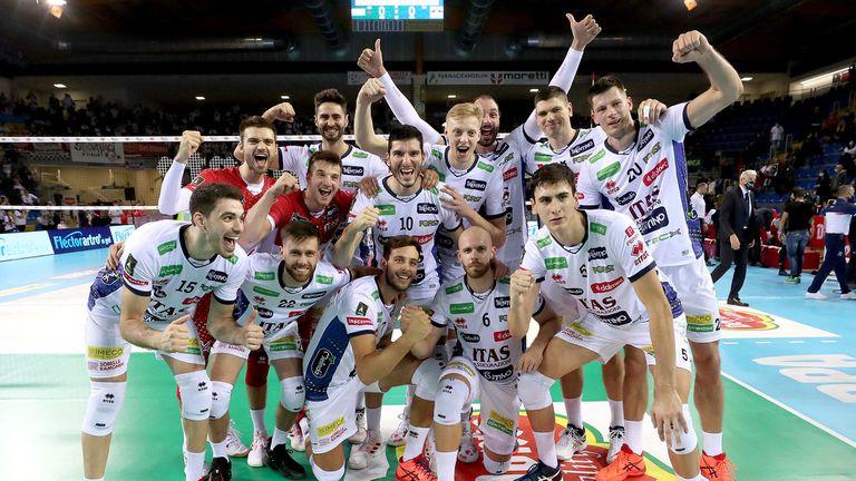 Български финал за Суперкупата на Италия! Матей Казийски и Тренто разплакаха Перуджа