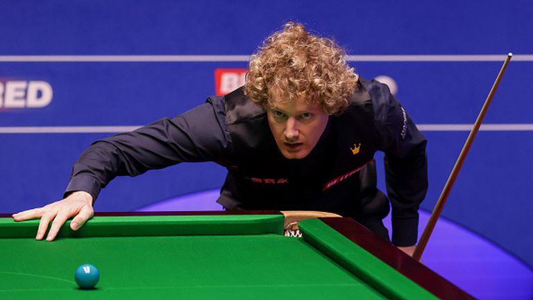 Нийл Робъртсън се класира за четвъртфиналите в Шефилд