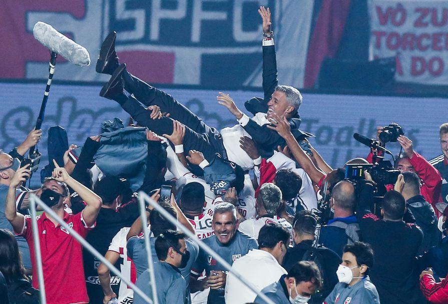 Ернан Креспо донесе първи трофей на Сао Пауло от 2008 година