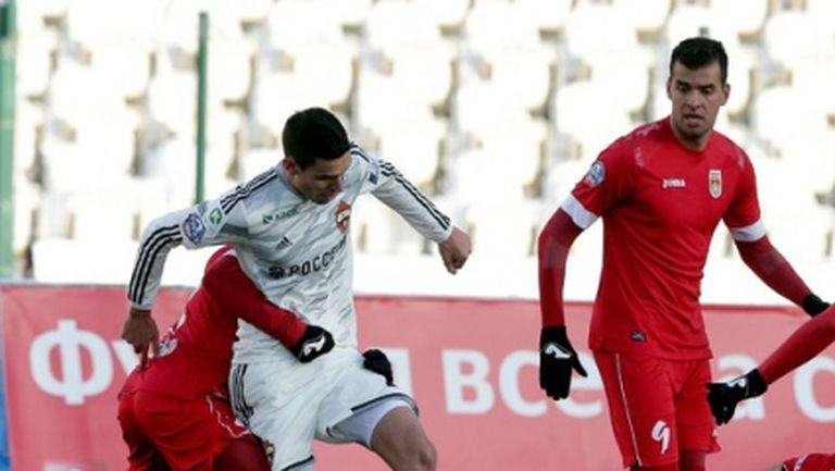 Жоро Миланов с 55 минути, ЦСКА и Уфа не се победиха в мач с шест гола (видео)