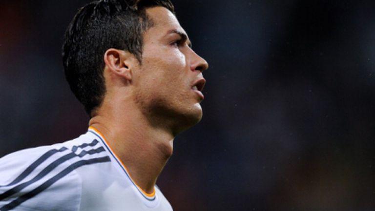 Кристиано вече има 50 гола за 2013-а