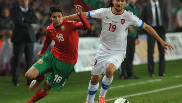 Само Пекхарт с проблеми в чешкия лагер, Сивок e наказан за мача с България