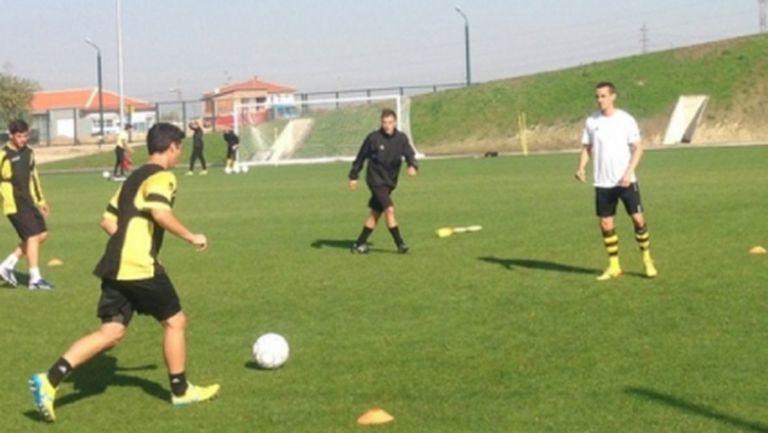 Национал от Ботев Пд тренира с юношите