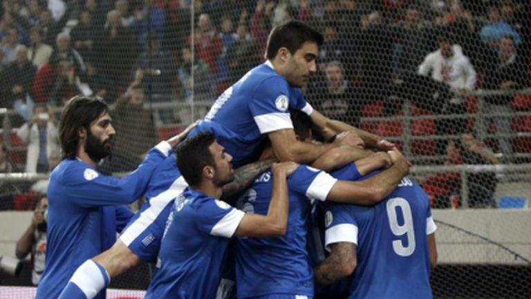 Гърция взе солиден аванс срещу Румъния в балканското дерби (видео)